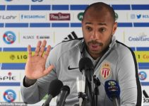 Hinh 1 - Thierry Henry